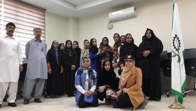 تصویر از بازديد دانش آموزان دبيرستان دخترانه تمدن شهرستان ایرانشهر